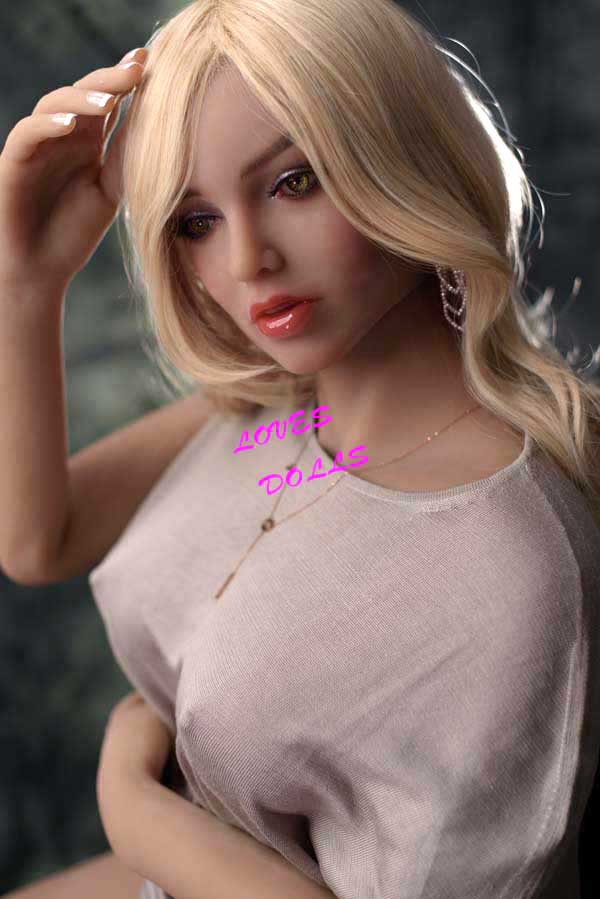 158cm ( 5.18ft ) Realistic Silicone Sex Doll With Pretty Face Silender Soft Body Milf Firm Chest Black Tan Skin Brazilians Whore Wear Sexy Onesie T-shirt Lifelike Oral Vagina Pussy Anal Love Doll YW-57