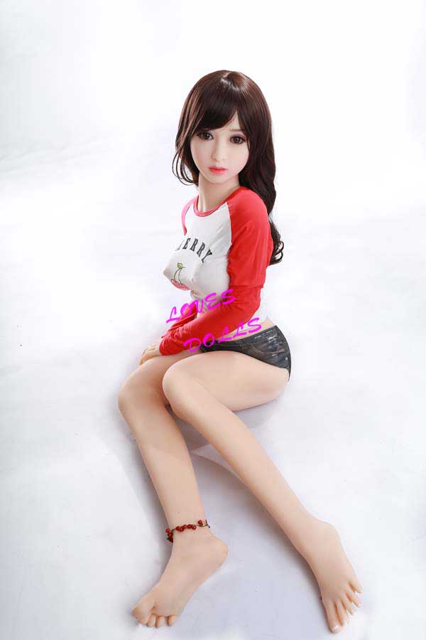 140cm(4.59ft) Beautiful Sex Dolls With Multifunctional 304 Metal Skeleton With Pretty Body Soft White Breasts Beautiful Legs and Buttocks Chinese Young Girl With White Smooth Skin Wear Sex Underwear And Sexy Shorts Beauty Pussy Lively Oral Vagina Anal Love Doll YW-89