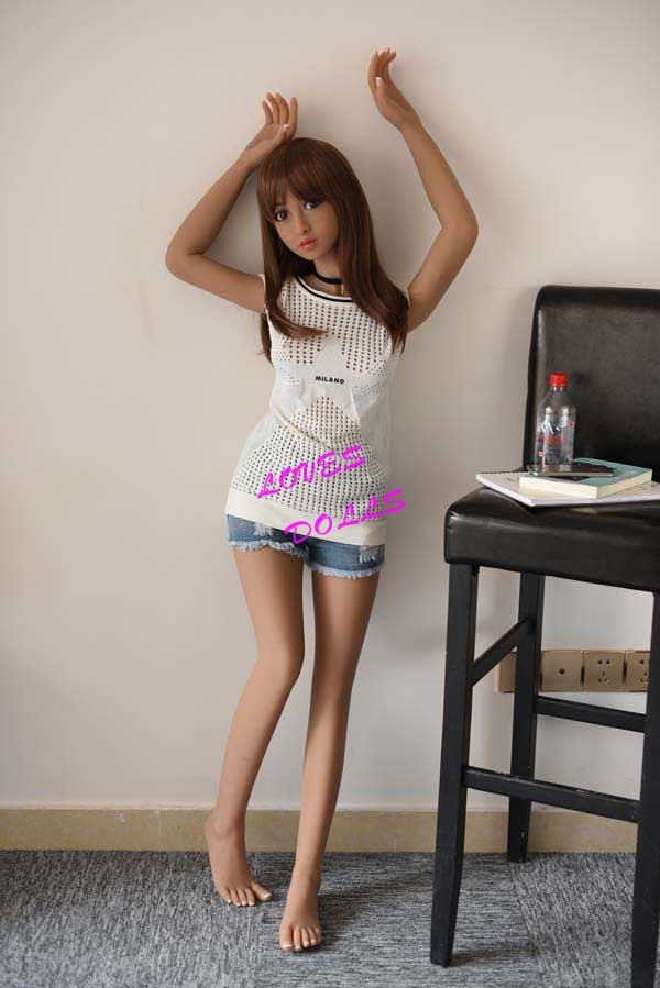 150cm ( 4.92ft )Realistic Silicone Sex Doll With Pretty Cheeks Slender Body Firm Breasts Bouncy Butt Japanese Young Girl Love Film Star 16 Years Old Tan Skin Wear Sexy Shorts Lifelike Oral Vagina Pussy Anal Love Doll YW-77